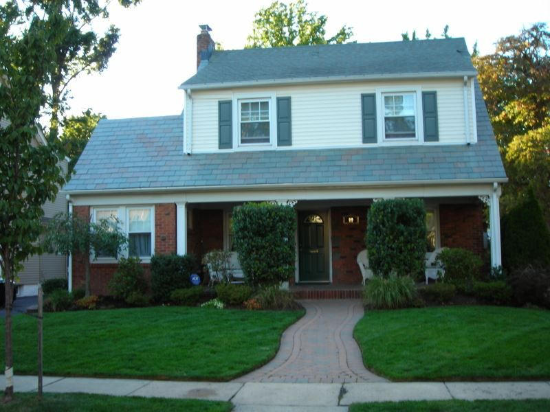 Nutley Homes & Real Estate For Sale, Looking for an Affordable home close to NYC, Do you commute to NYC everyday? Nutley is 9 miles away and offers great schools shops and restaurants, Nutley has several townhome complexes ( Cambridge Heights) and condos for sale.  Get A Great Deal on A Home today in Nutley call Matthew DeFede of Coldwell Banker Residential 862-228-0554 or go to www.Homesinnutleynj.com