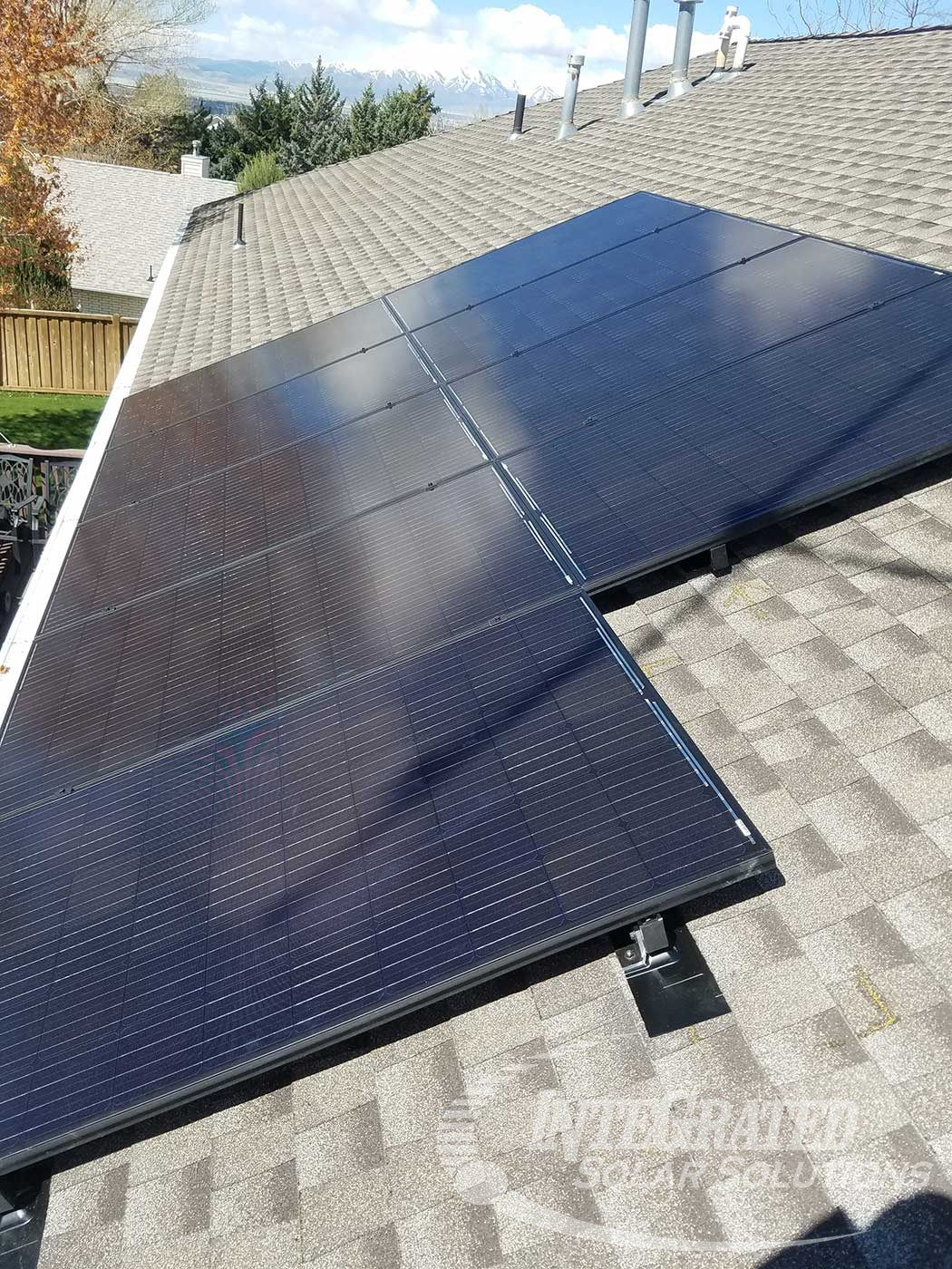 8 11 Kw Solar System Installation Integrated Solar Solutions Provides The Best Installation Solutions For Any Roof T Solar Panels For Home Solar Panels Solar Solutions