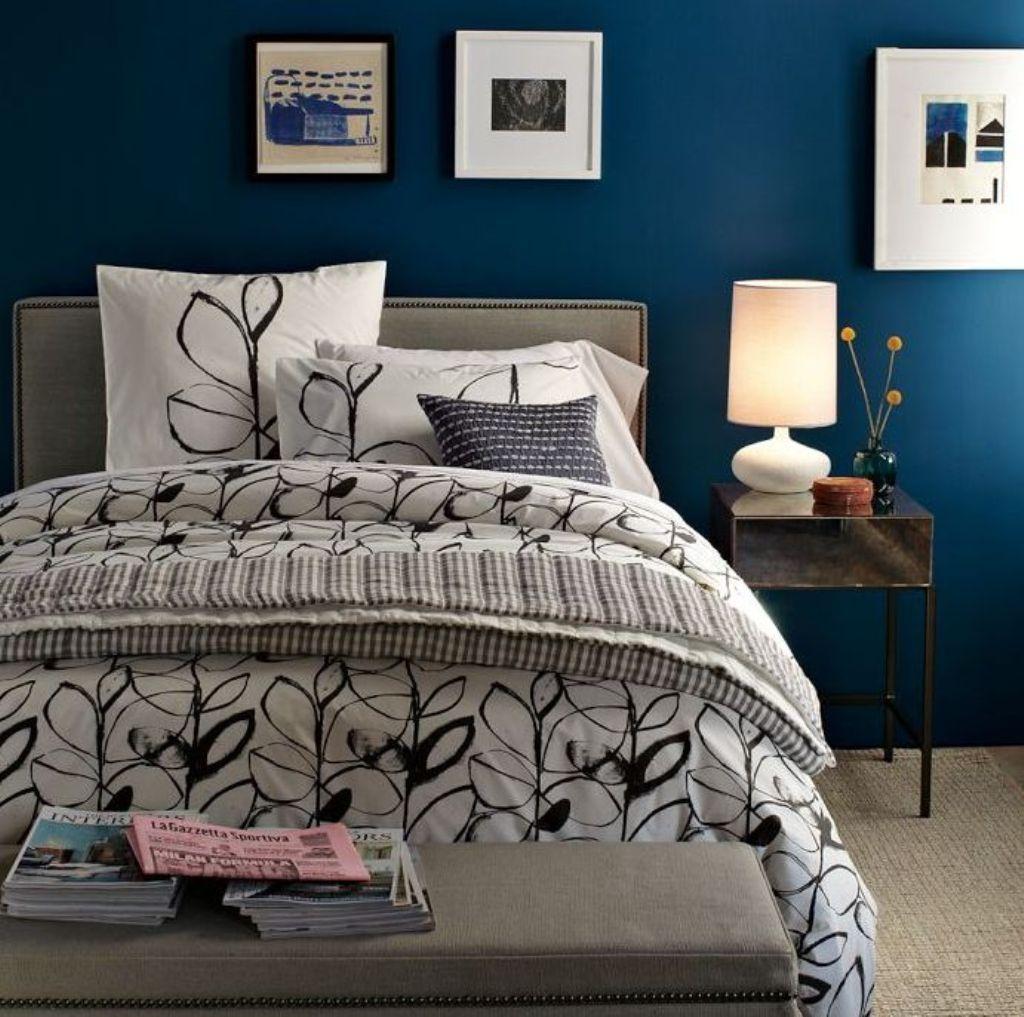 Paradies Mit Dunklen Blauen Farbe Für Schlafzimmer (mit