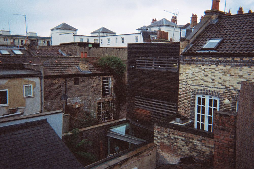 London roof Architecture Bethnal Green Station old House and Building - (c) & London roof Architecture Bethnal Green Station old House and ... memphite.com