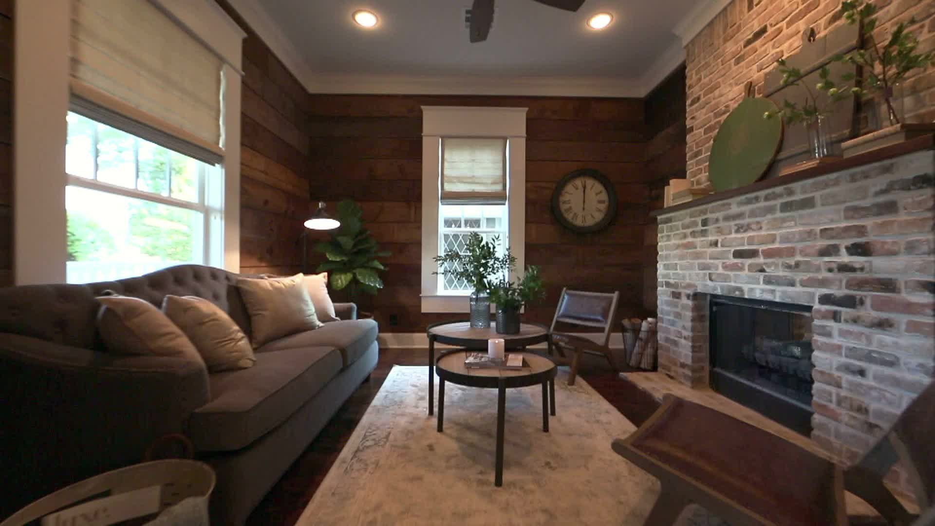 This Craftsman Home Was Ready to Crumble — See What It Looks Like on technology show, home delivery show, home show giveaways, home art show, food show, office show, home light show, lighting show, jewelry show, crafts show, home repair show,