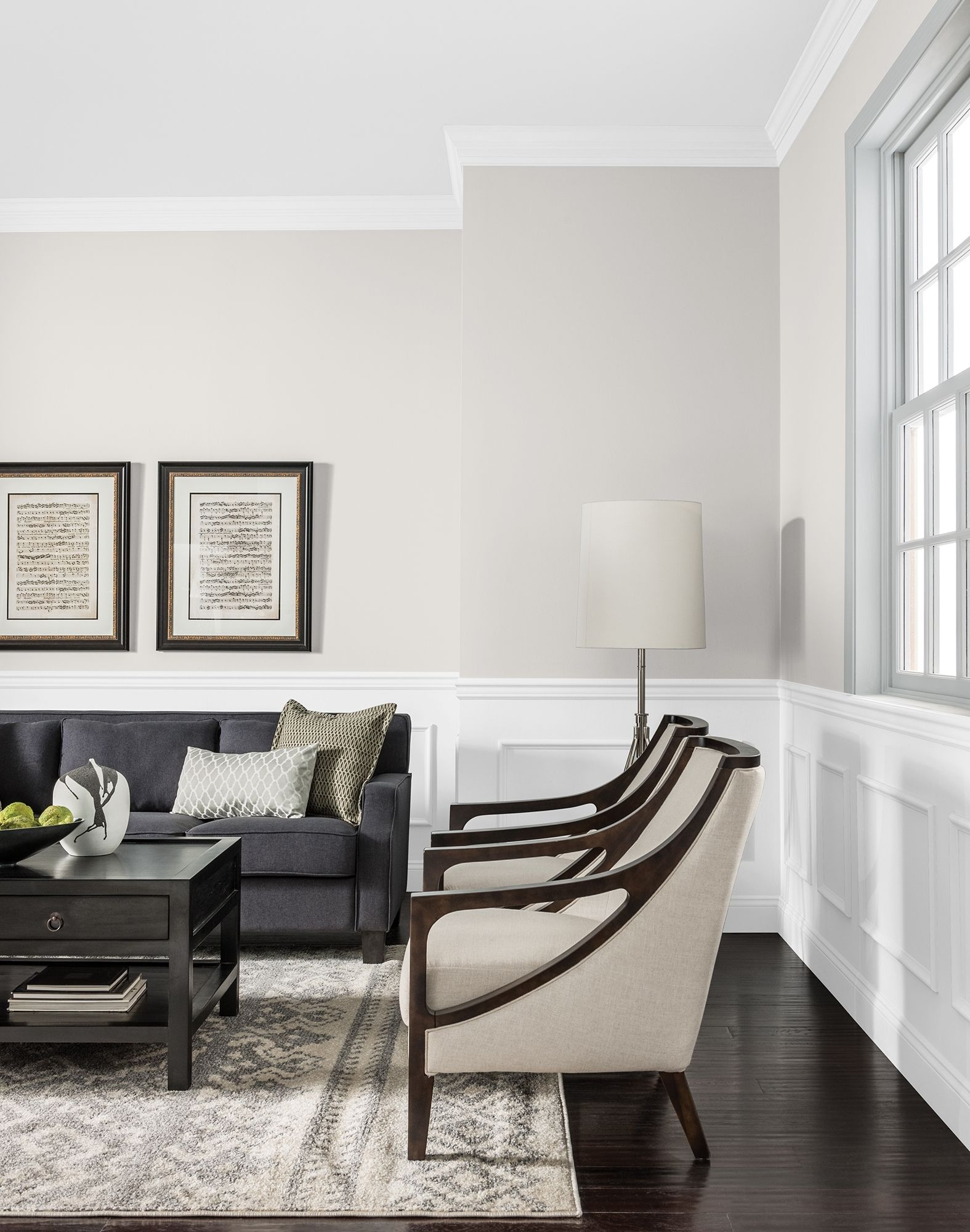 Glidden Toasted White For Darker And Dramatic Living Rooms Of