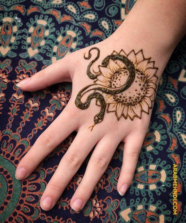 50 Snake Mehndi Design (Henna Design) - April 2020