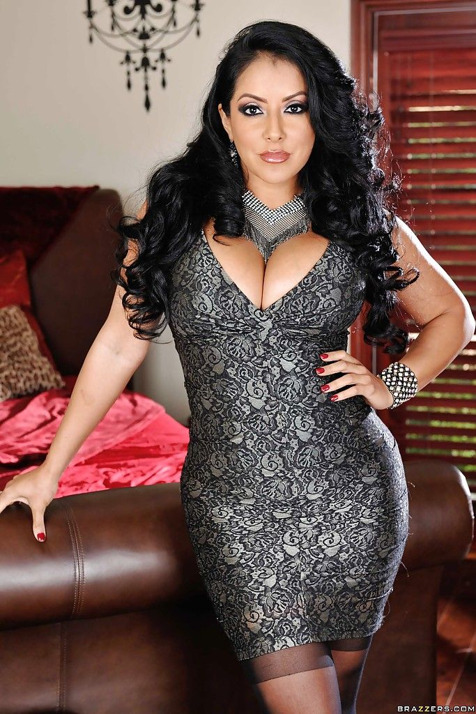 Beautiful mature latina