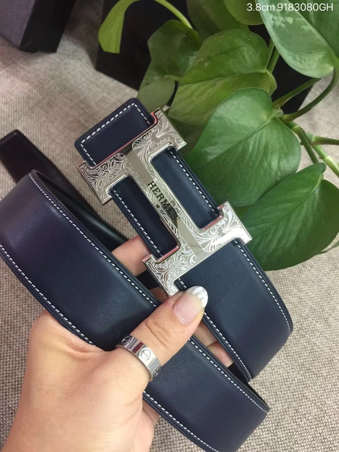 7574821c6c07 Hermes woman man leather belt