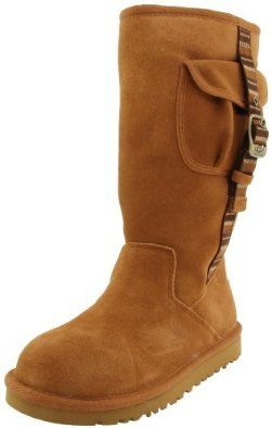 d9f52b82ed5 Do YOU wear a woman's size 8, if so snag these Uggs (in a kids' size ...