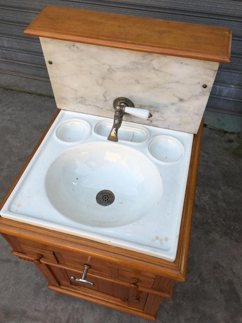 Meuble De Toilette Ancien Salle De Bains Vasque Et Porte Savon  # Ammeublement Anciensalle De Bains