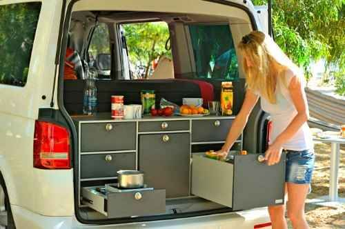 mobile small camper solution from the german van essa mini van camper pinterest cuisine. Black Bedroom Furniture Sets. Home Design Ideas