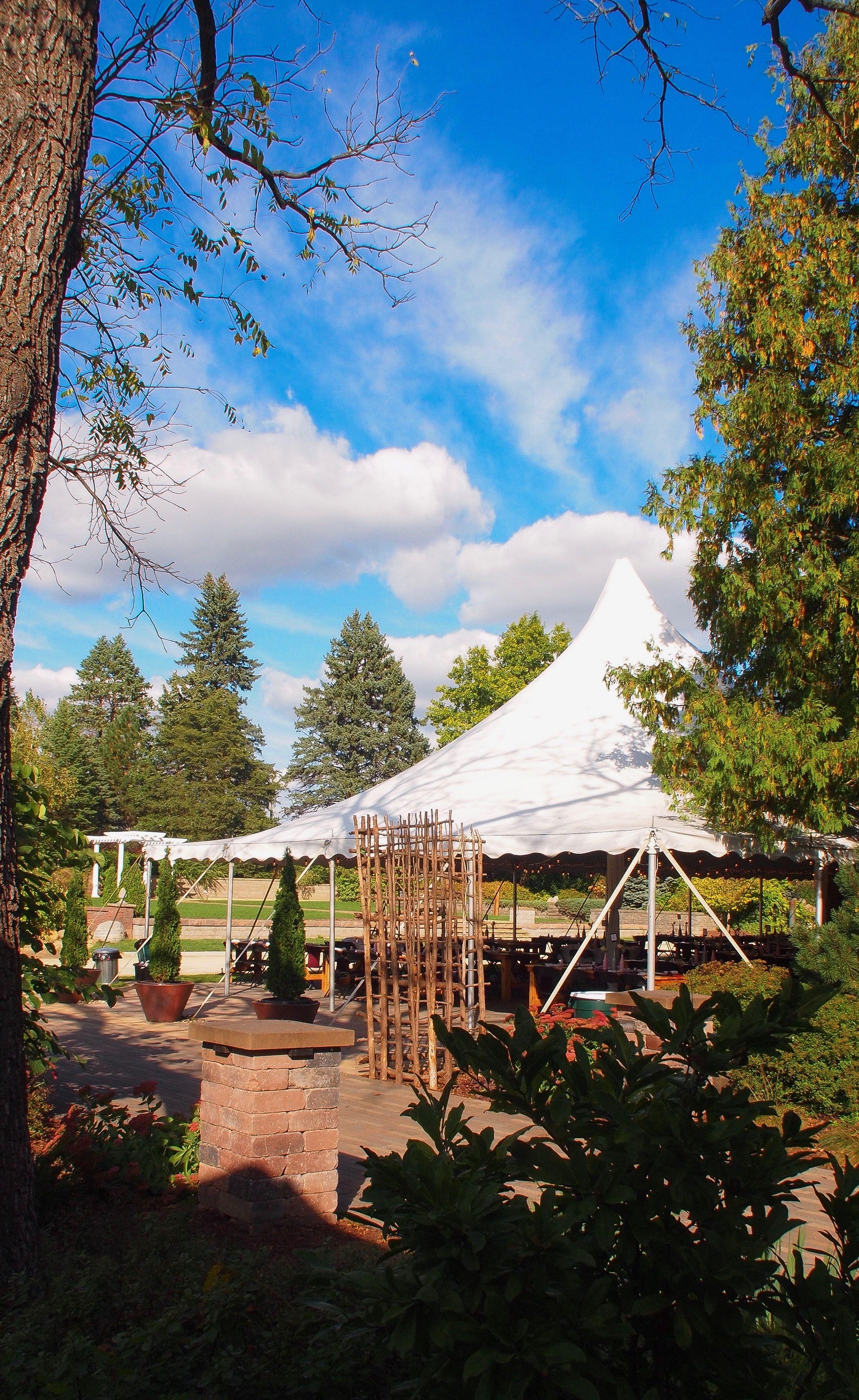 Glorious Summer Garden Wedding | Summer garden wedding ...