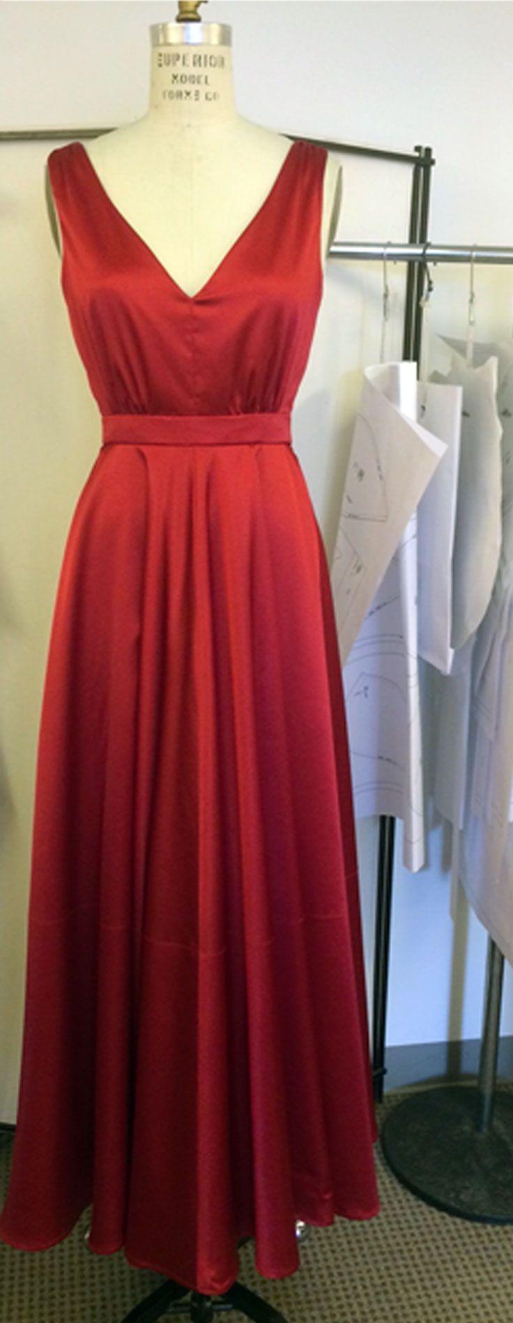 V9053 front. #voguepatterns | crafts | Pinterest | Costura, Alta ...