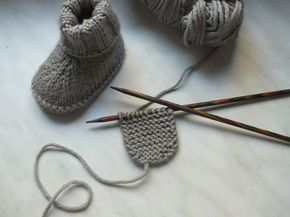 Photo of Knit baby socks