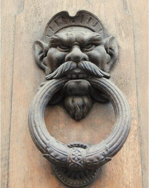 & 25 Door Knockers with a Story to Tell | Doors