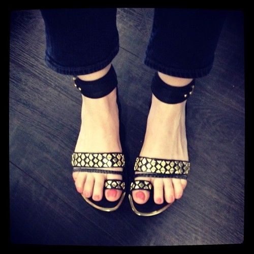 Shoe envy of the day goes to our market editor Kelly & her Boutique 9 Pahana sandals, $148 // nice!