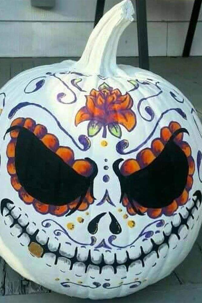 Scary Indoor and Outdoor Halloween Decorations That You Can Make - cool halloween decorations you can make