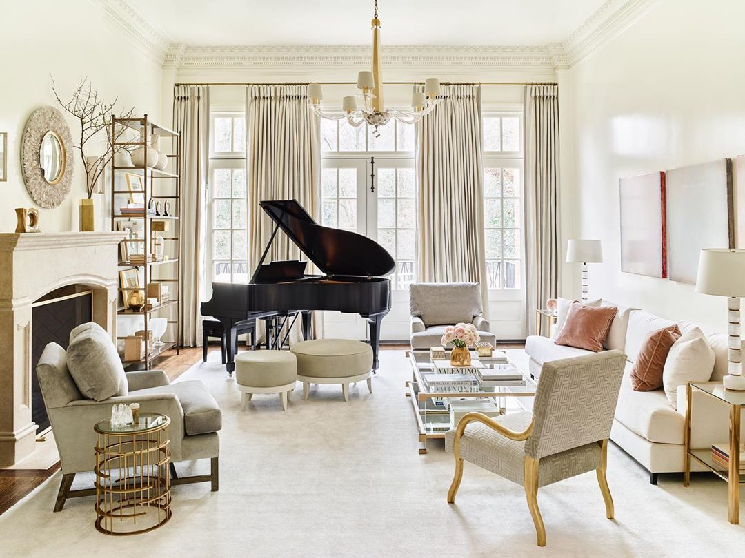 Suzanne Kasler On Instagram Inspired By French Modern This Edited Atlanta Living Room Is The Epitome Of Sophisticated Simplic Interior Interior Design Room #suzanne #kasler #living #room