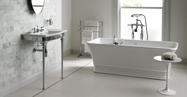 Love the tiles and the clean lines of this bathroom: fired earth