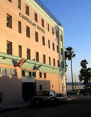 Venice Beach Hotels Ca And Lodging Accommodations The Cadillac Hotel