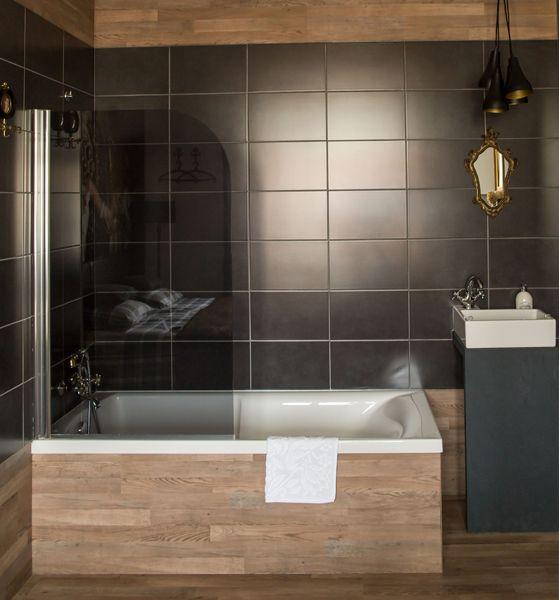luxe moderne badkamer met klassieke details | badkamer / bathroom ...