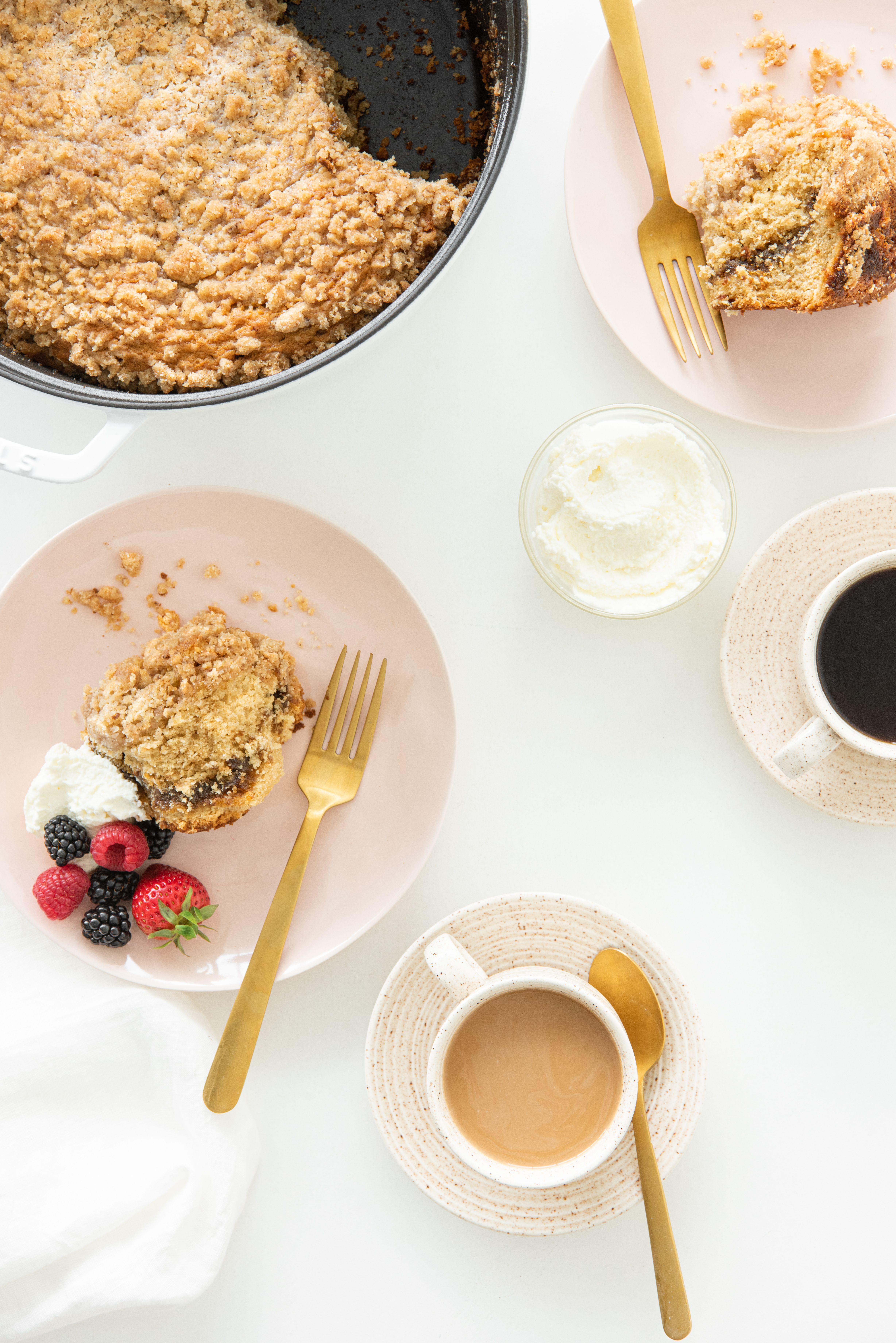 Dutch Oven Cinnamon Coffee Cake Recipe Coffee Cake Cake Recipes