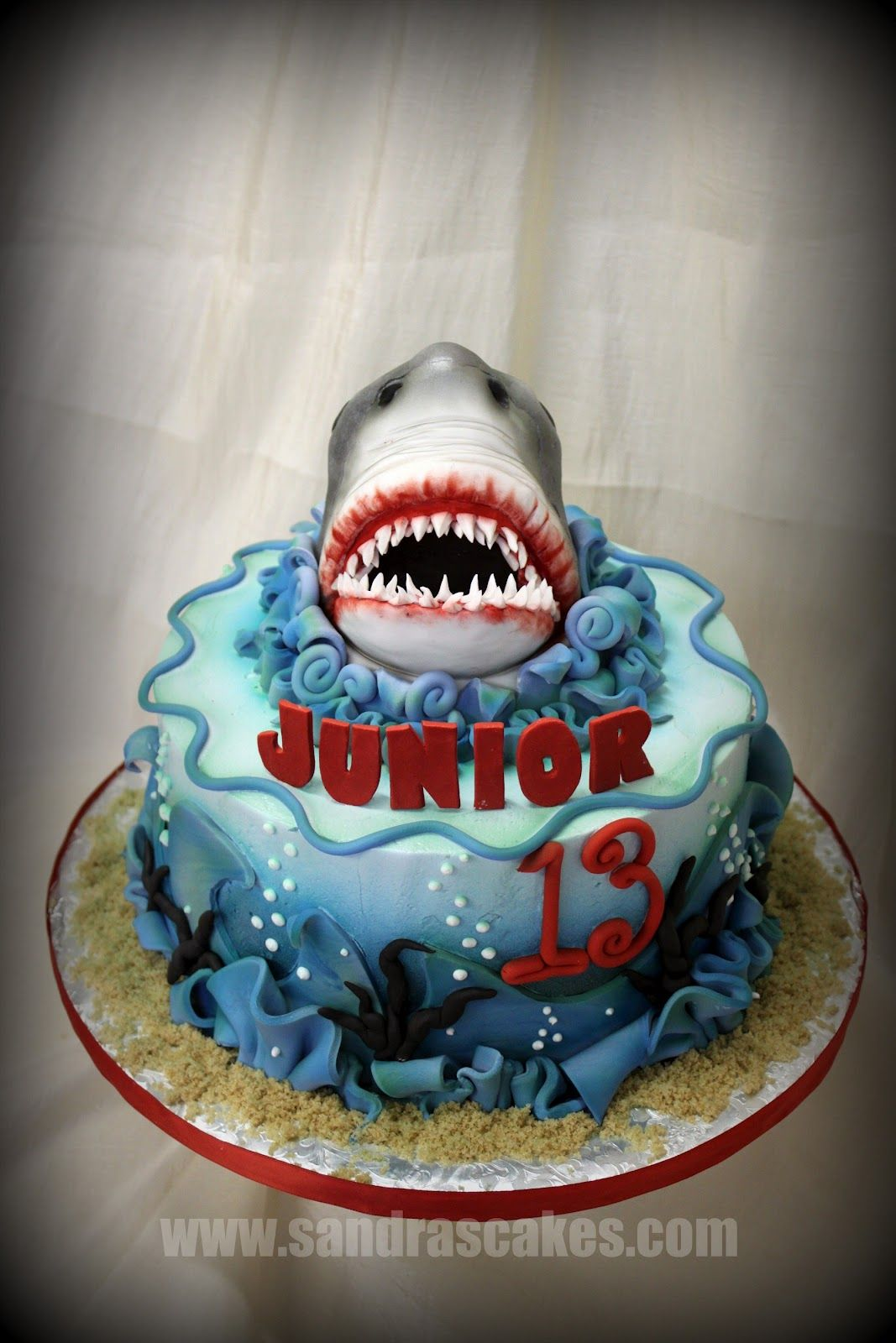 Quot Shark Bait Oo Ah Ah Quot Enjoy This Jaws Themed Cake For