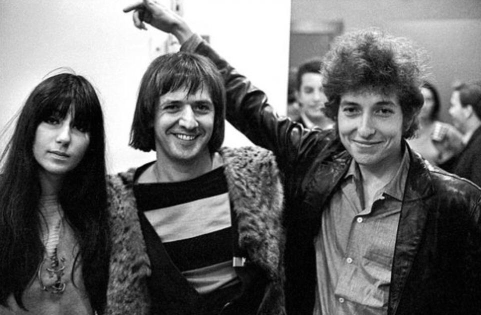 A playful Bob Dylan with Sonny & Cher in 1965 | Bob dylan ...