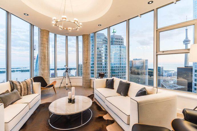 On Vous Propose Un Penthouse Sur 3 Etages Condo Living Condo Decorating Luxury Condo