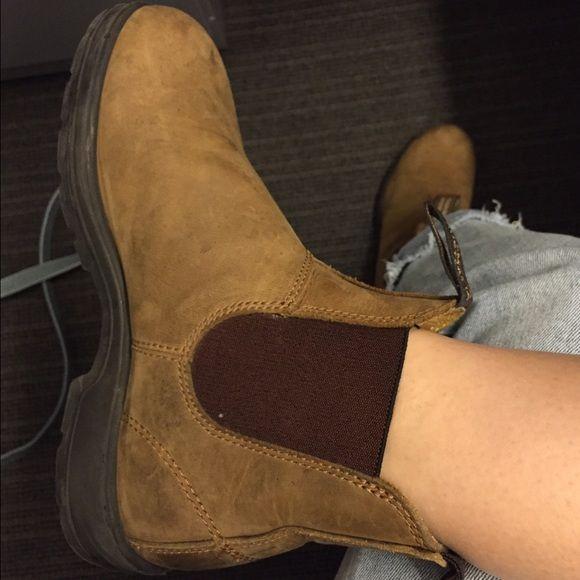 e6401433d73 Blundstone Chelsea Boots Size 4 AU / 7 Women's - #561 Crazy Horse ...