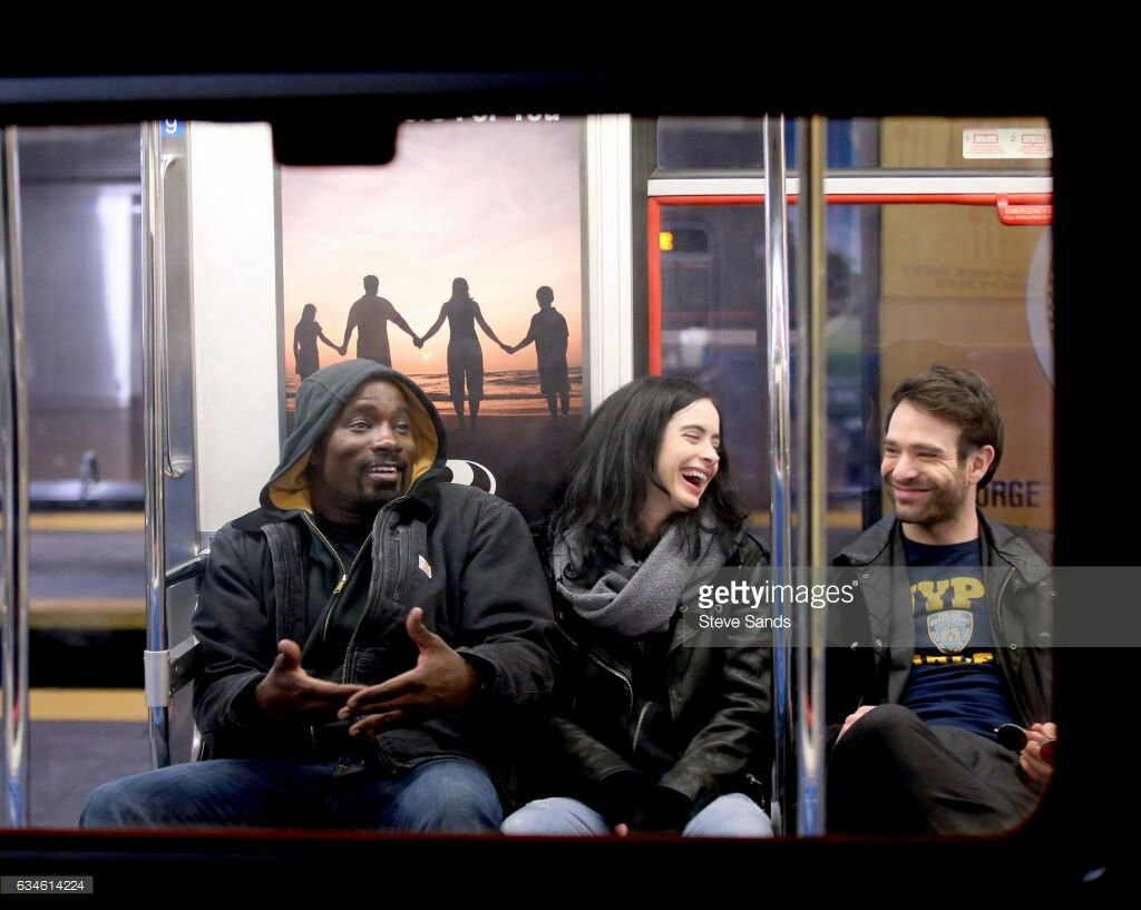Charlie Cox Mike Colter Krysten Ritter The Defenders