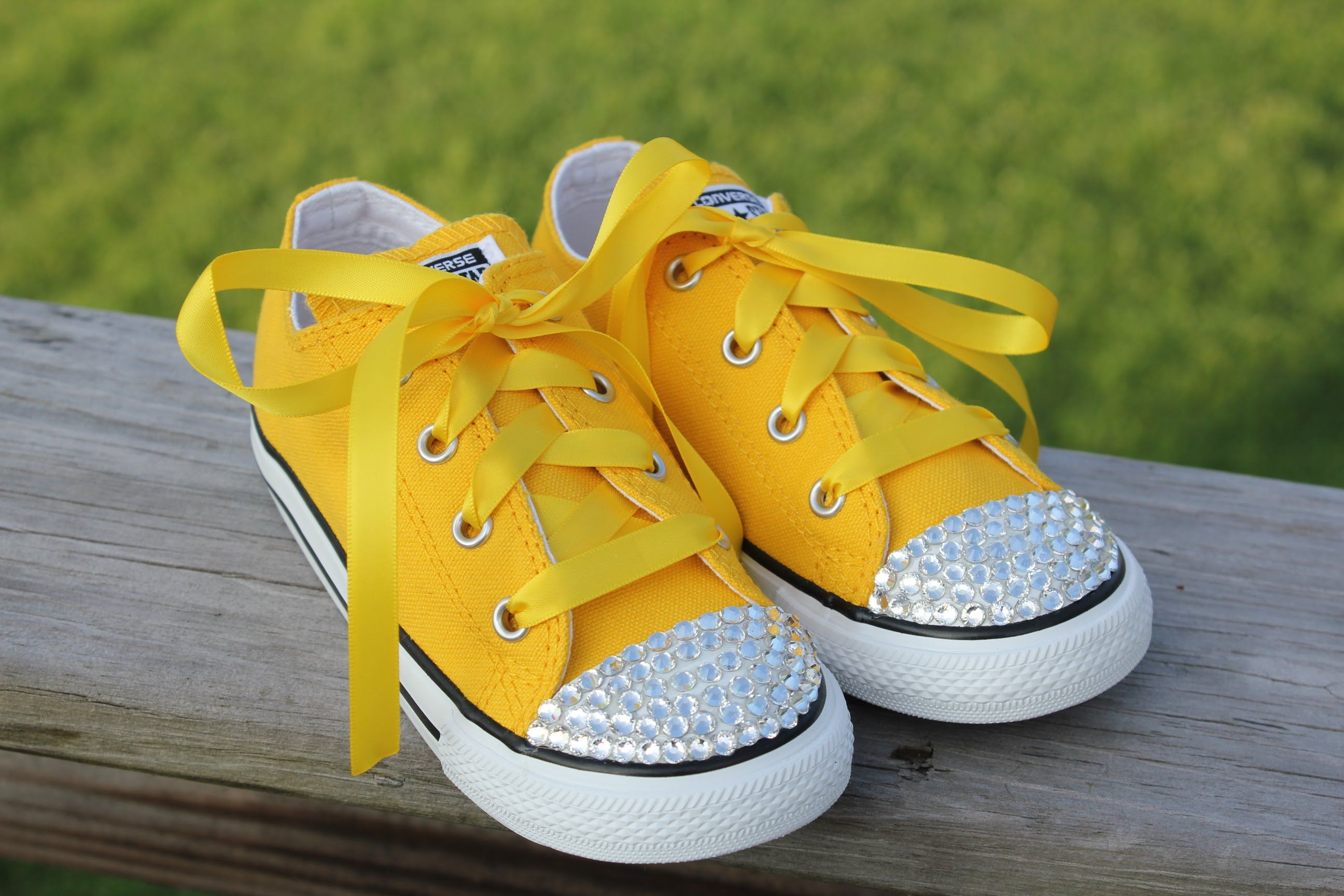 How To Bling Converse Shoes Add Crystals To The Toes Of Shoes