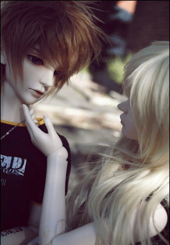 Image detail for awesome wallpapers beautiful dolls free - Beautiful sad couple images ...