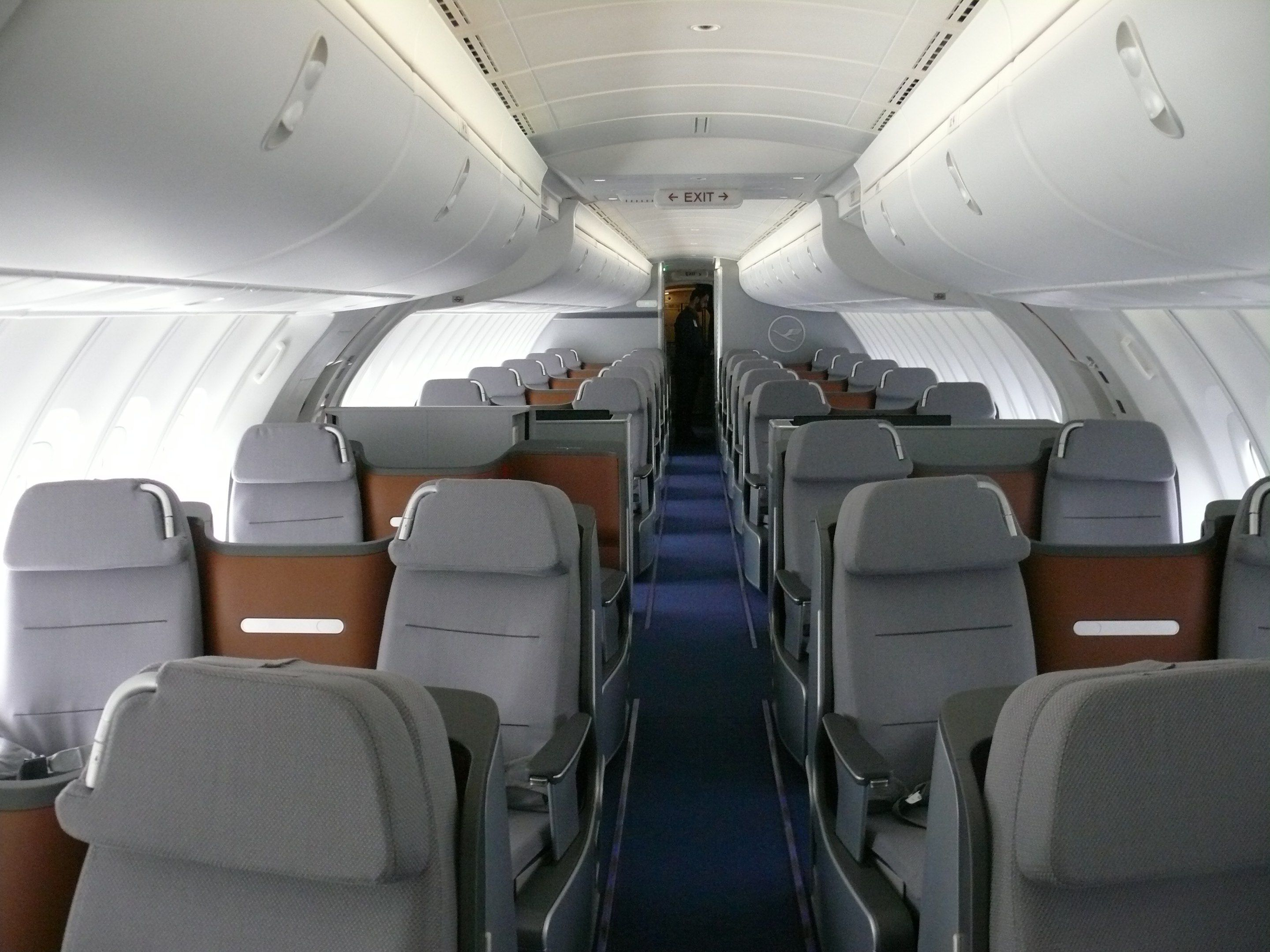 Lufthansa Business Upper Deck Boeing 747 800 Travel