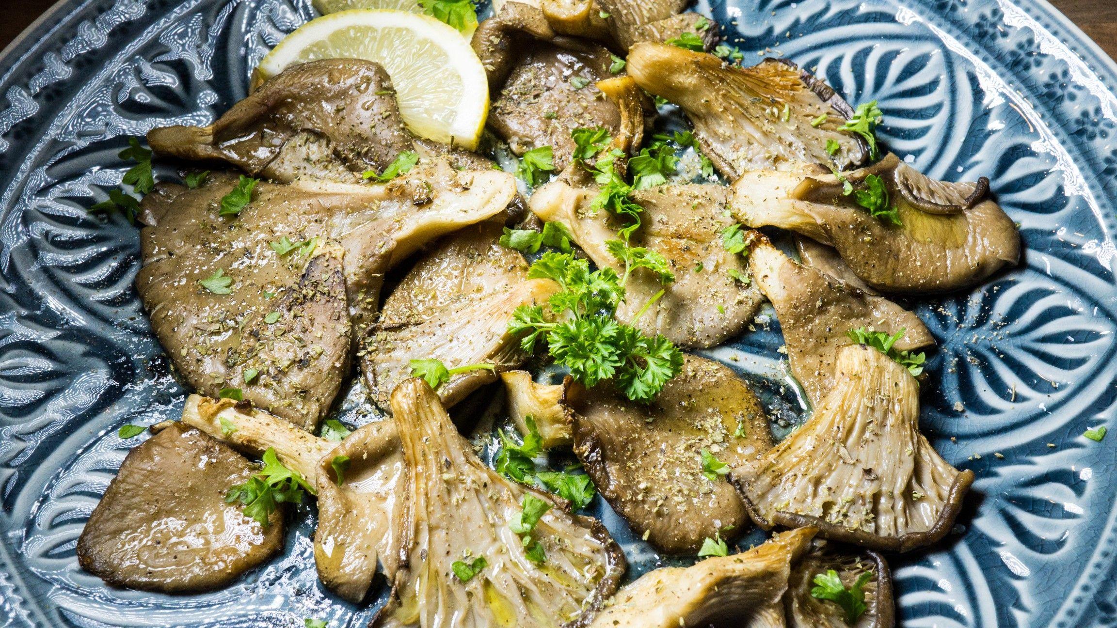 Greek style oyster mushrooms | Recipe | Oyster mushroom recipe ...