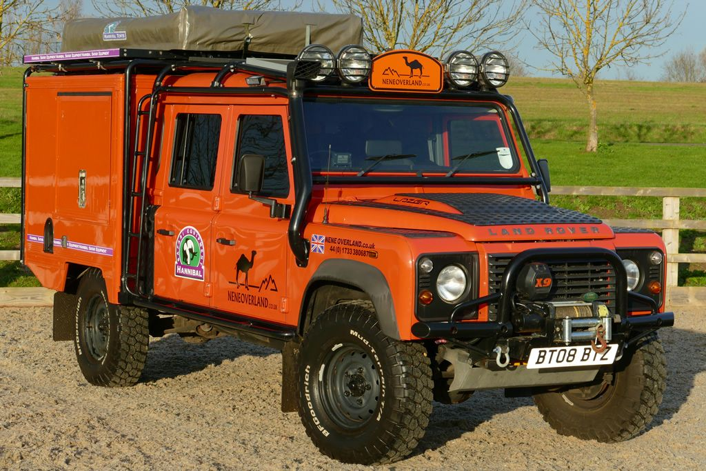 used 4x4 land rover defender 130 vehicle pinterest land rover defender 130 defender 130. Black Bedroom Furniture Sets. Home Design Ideas