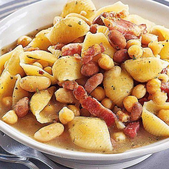Gino d'acampos üç fasulye soslu napolitan makarna      #yemeke #yemek #yemekler #yemekrium #yemeği #foodlovers #foodrecipes #food #instafood #foodpic #foodporn #instarecipes