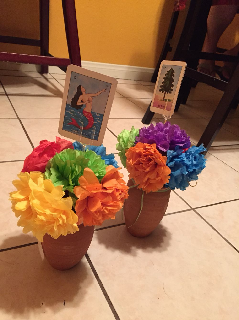 Diy Center Piece In 2020 With Images Mexican Party Decorations