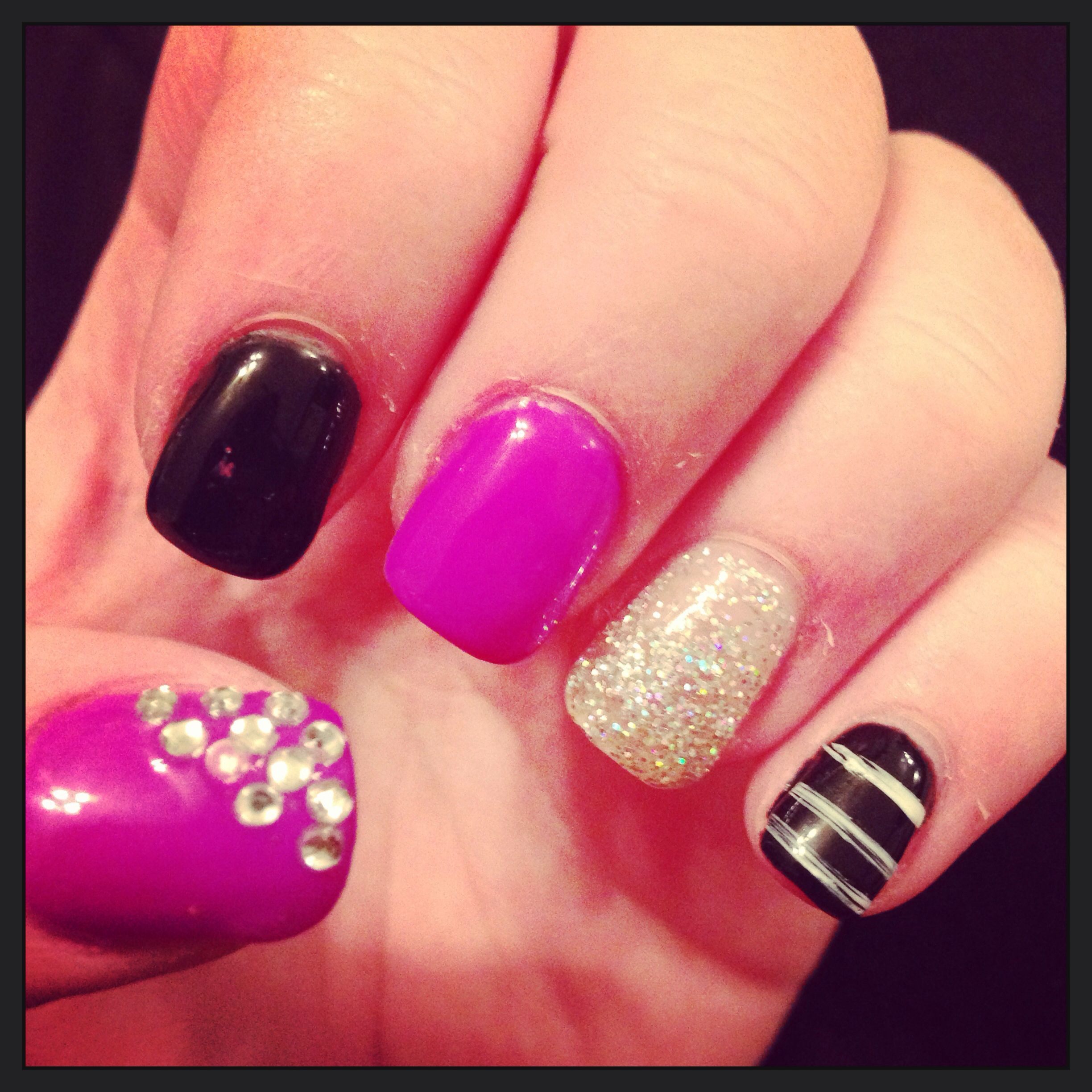 No chip manicure! My favorite nail design by far! Perfect nails for ...