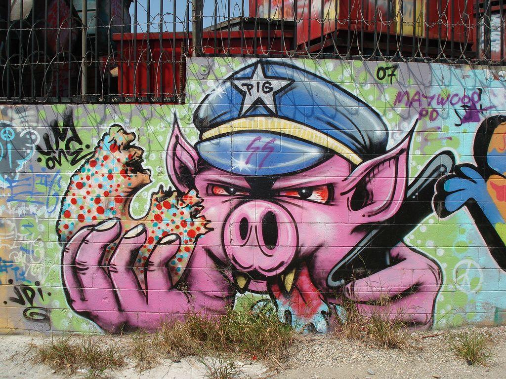 Pretty good graffiti     | Police - I love my job