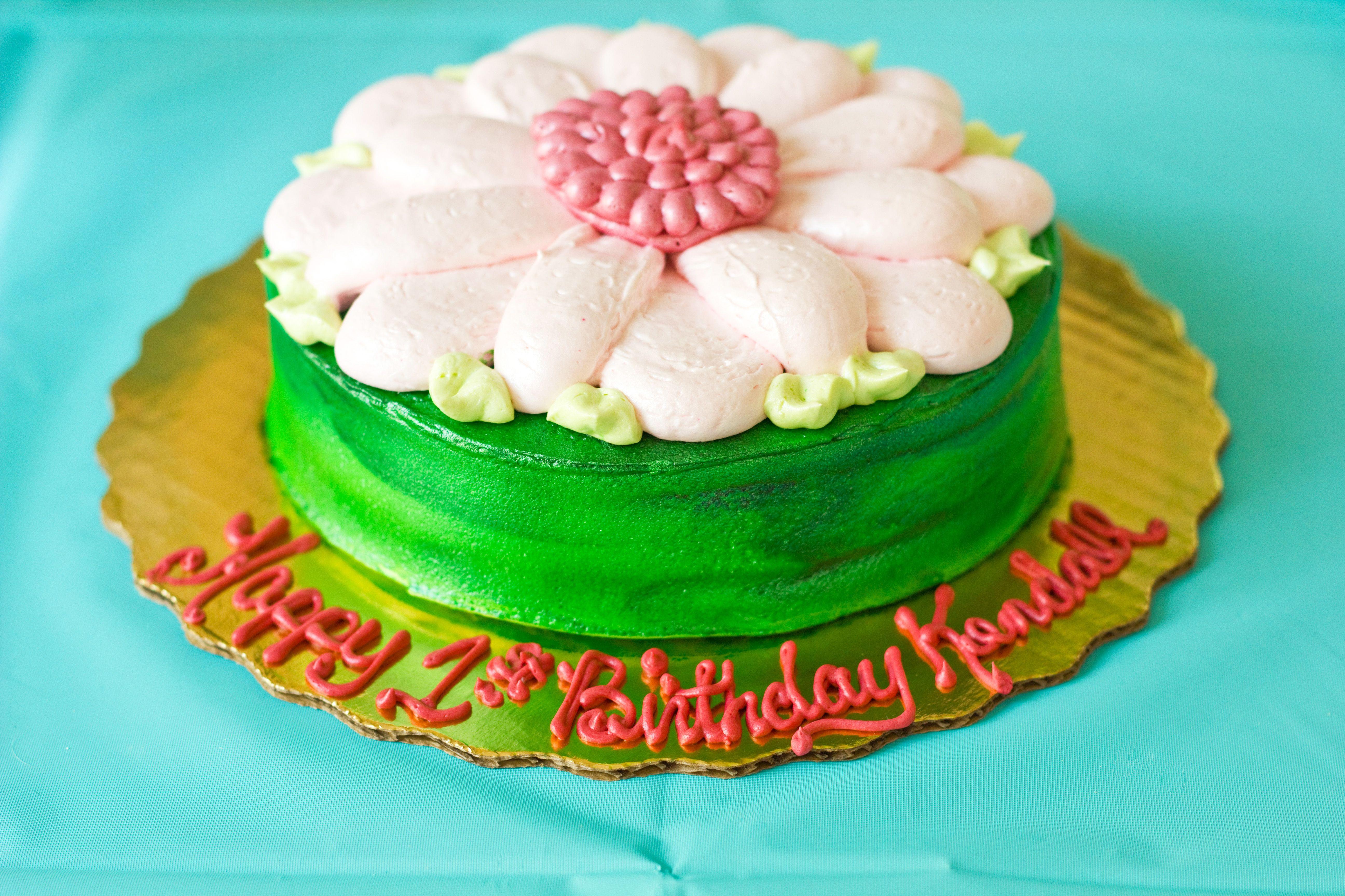 Babys smash cake thanks to publix bakery for bringing my