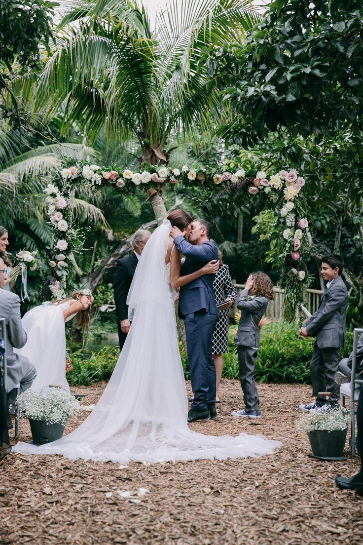 Wedding photography inspiration pretty outdoor wedding ceremony