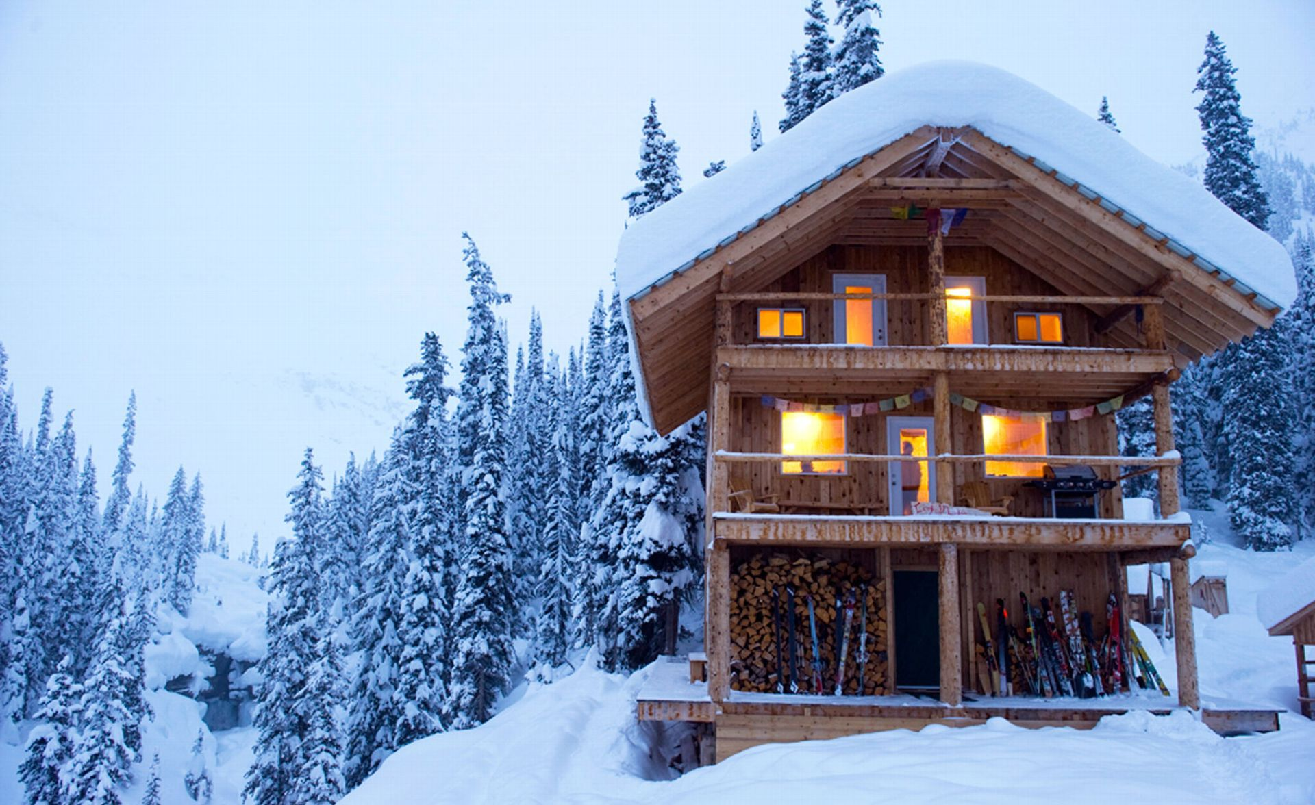 Best Backcountry Huts: Icefall Lodge, British Columbia