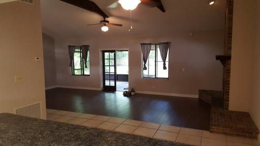 3 Bedroom home with Fenced in Yard   Fenced in yard, Home ...