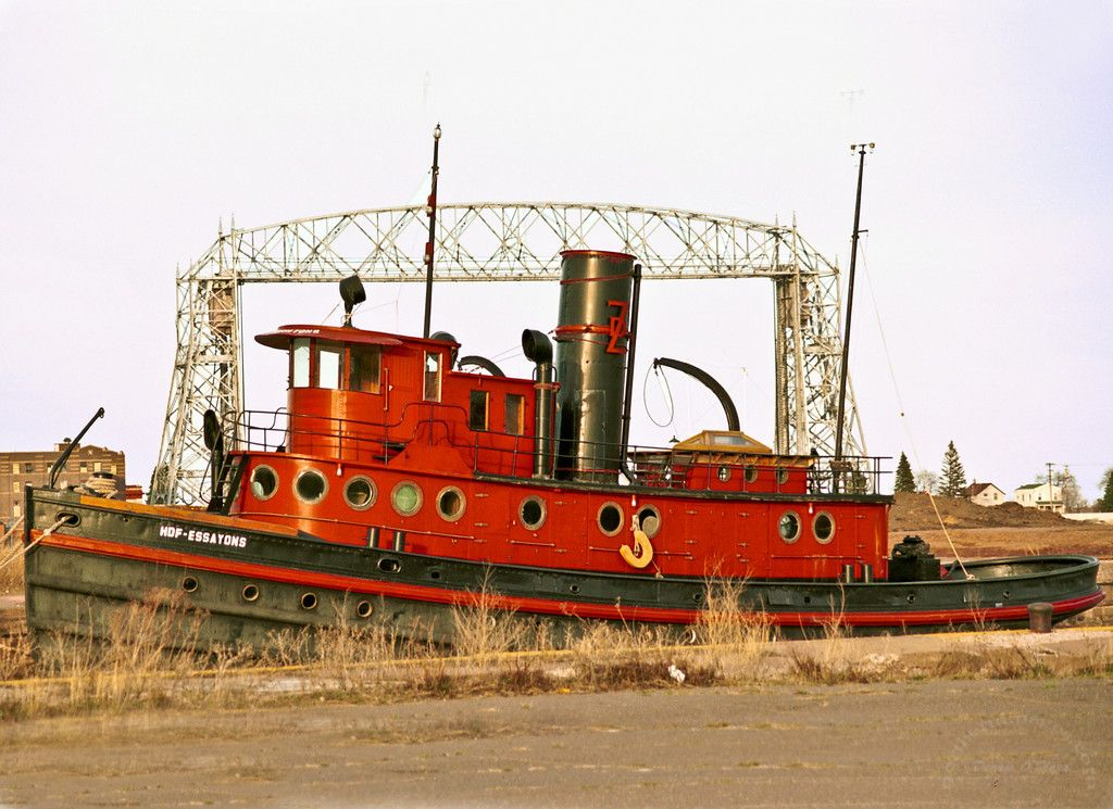 Tug Essayons docked at Duluth Timber Company  In 2009