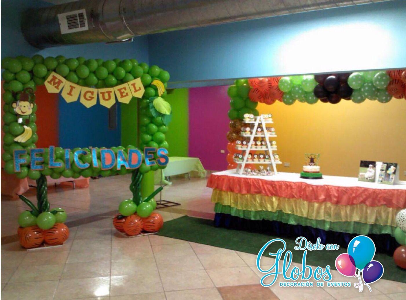 Fiesta en la jungla decoracion con globos diselo con - Decoracion con globos ...
