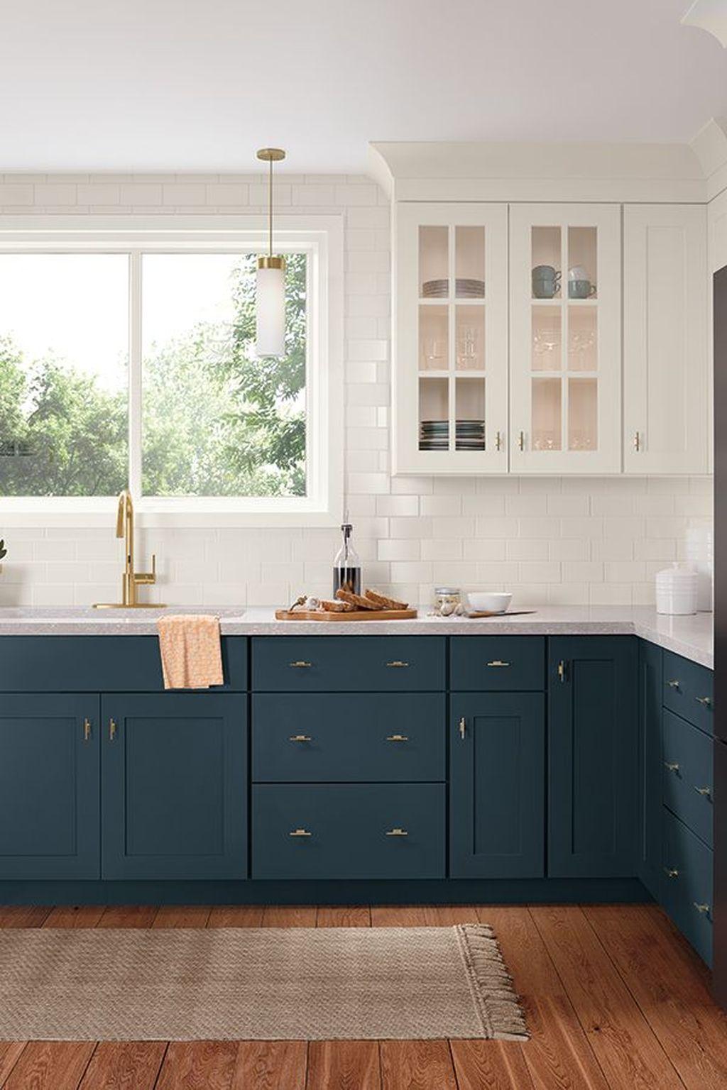 39 Nice Dark Blue Kitchen Cabinets With Luxurious Accent Sweetyhomee Kitchen Interior Home Kitchens Kitchen Design