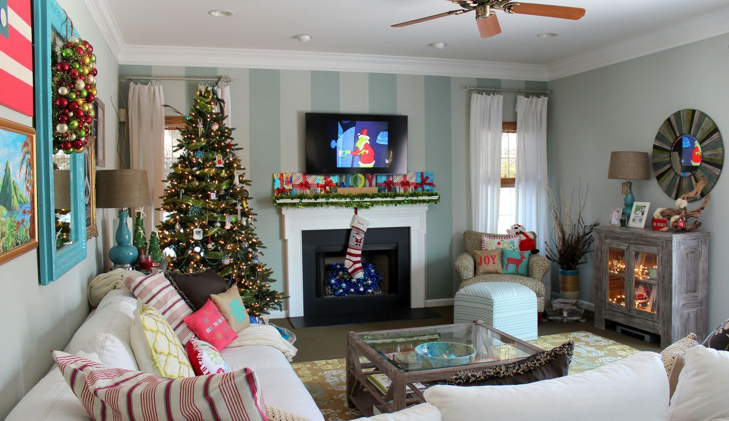 Best Small Living Room Christmas Decorations Small Living Room 640 x 480