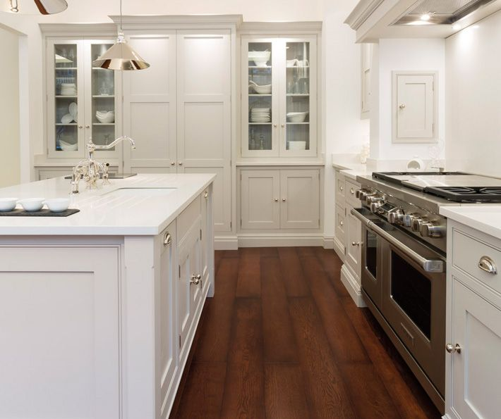 Kitchen Island No Toe Kick: Fabulous Kitchen With Light Gray Cabinets Paired With
