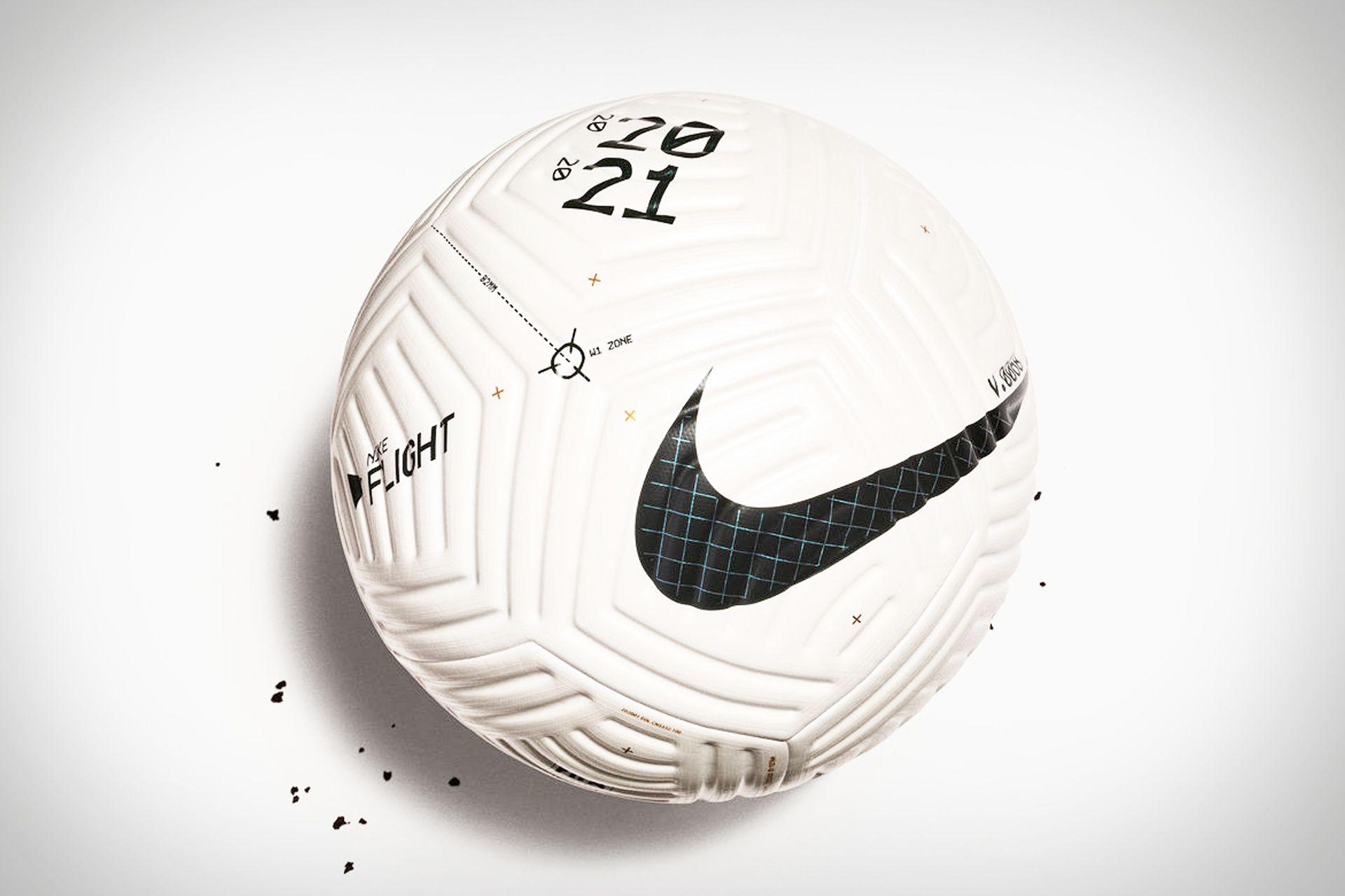 Nike Flight Soccer Ball In 2020 Soccer Ball Soccer Nike Flight