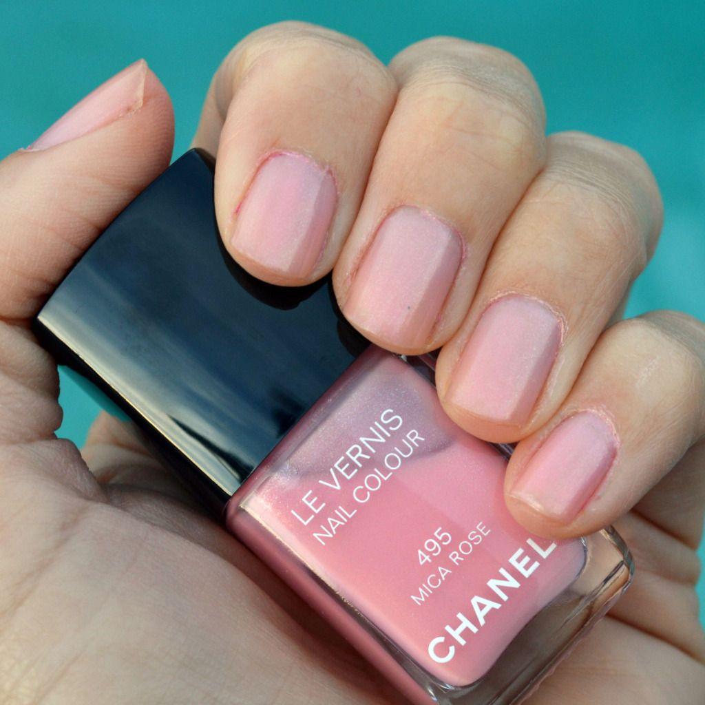 Chanel Mica Rose nail polish review