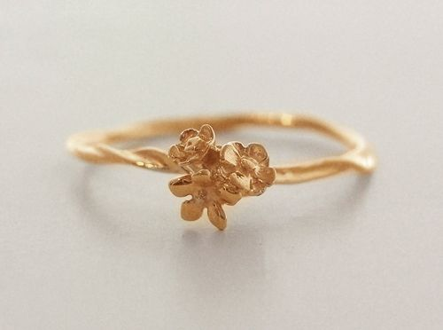 Flower Ring Gold By Simmon Japan I Enjoy Being A Girl