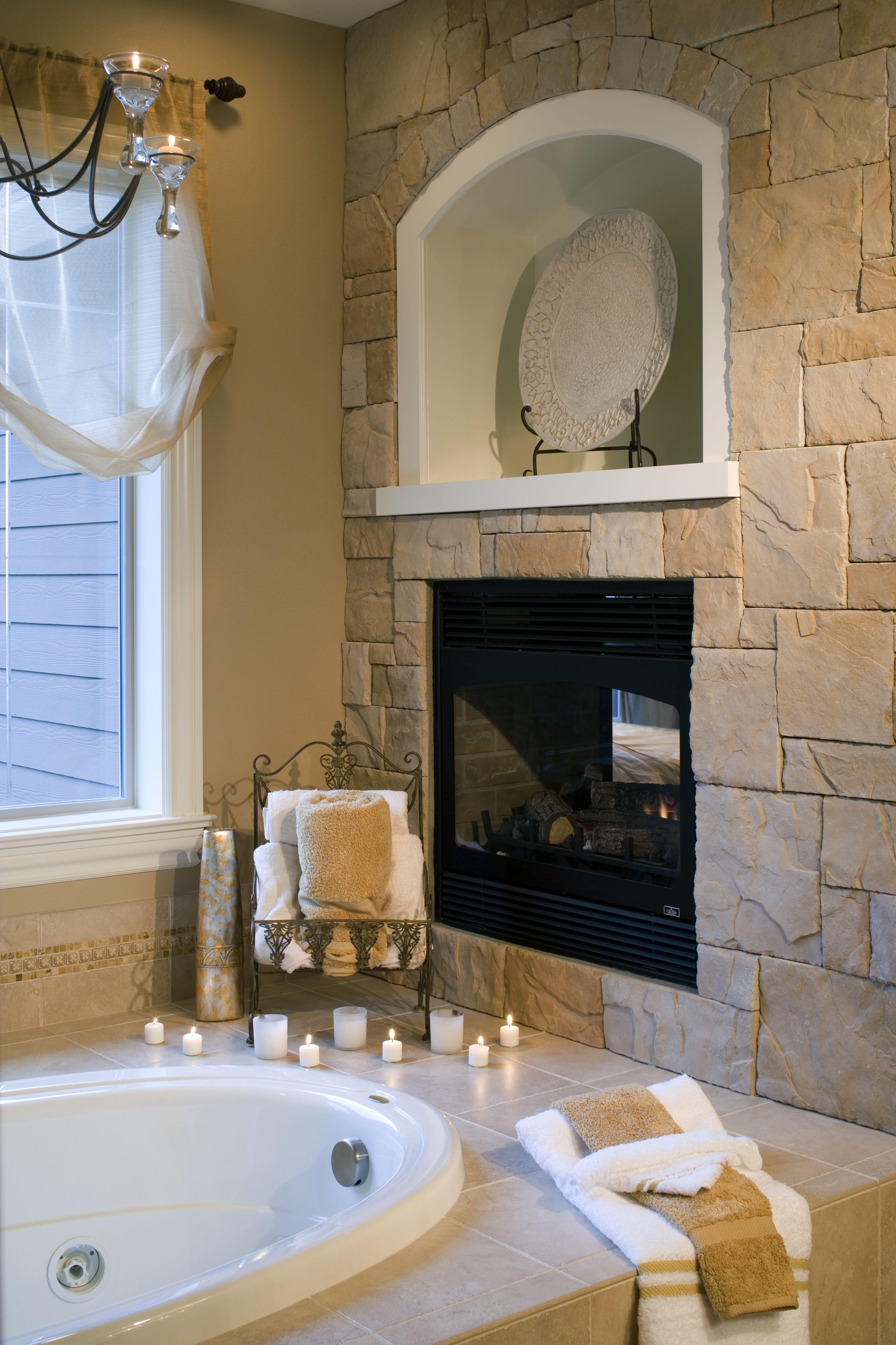 Luxury master bathroom remodeling ideas window valences luxurious bathrooms and jacuzzi tub for Master bathroom with jacuzzi tub